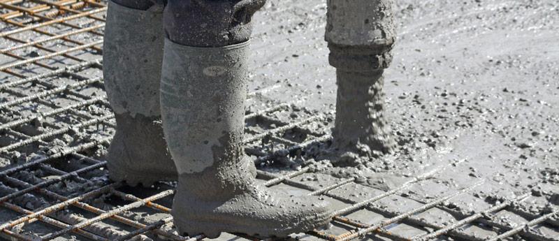 turnarea unei placi de beton la etaj
