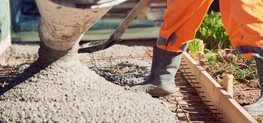 Cati metri patrati acopera un metru cub de beton? Convertor online.